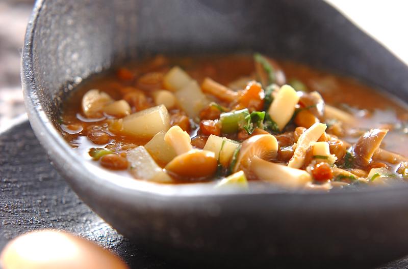 キノコと納豆のおみそ汁煮