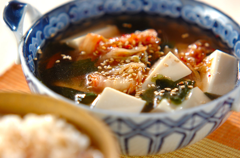 キムチと豆腐の冷スープ