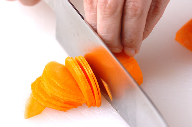 野菜たっぷり!サーモンのバターホイル焼きの作り方の手順5