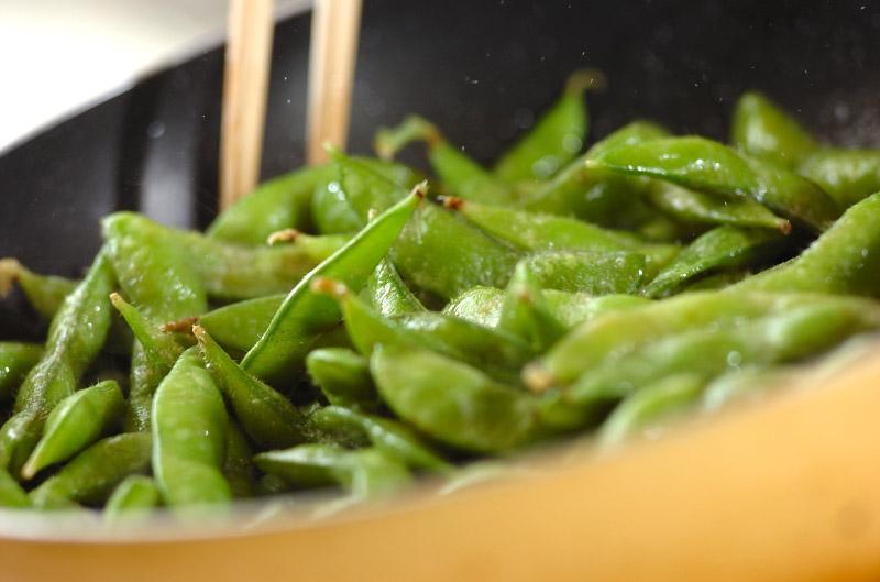 枝豆のバター炒めの作り方の手順2