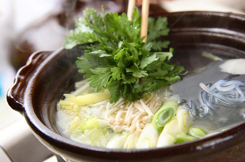 野菜たっぷり!あったかカニ鍋の作り方の手順12