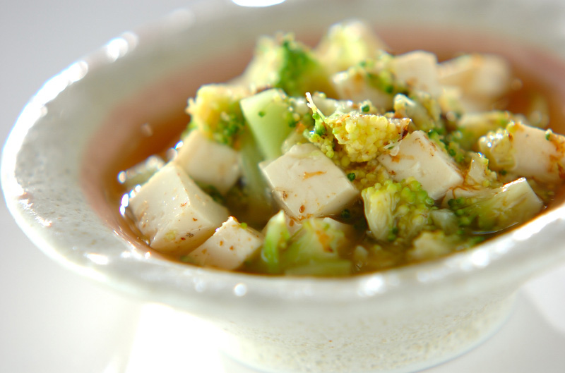 ブロッコリーと豆腐のおかか煮
