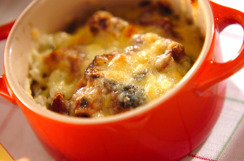 簡単焼き鳥チーズ焼きご飯