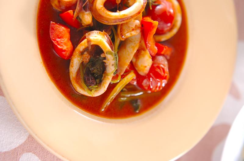 イカのトマト炒め煮