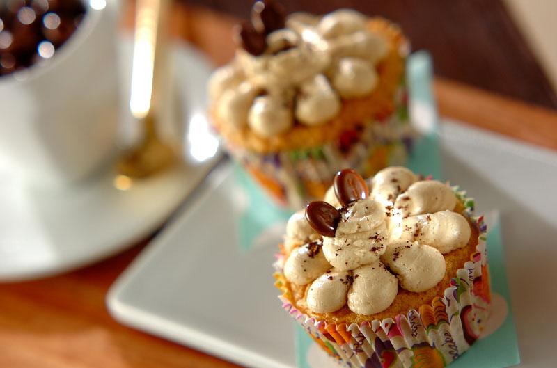 コーヒークリームカップケーキ