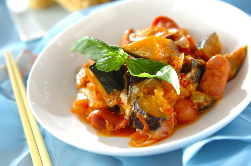 トロトロ卵入り夏野菜のトマト煮の作り方の手順