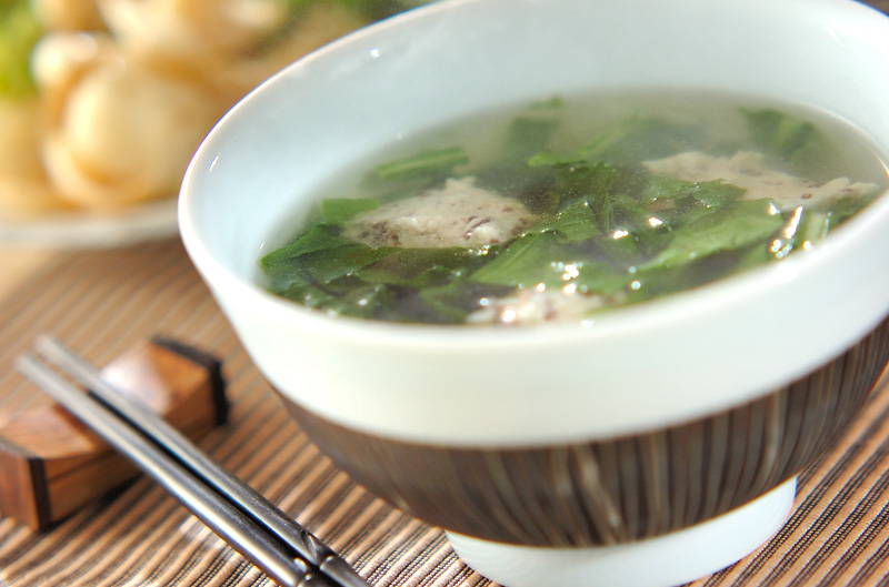 キクラゲ団子スープ