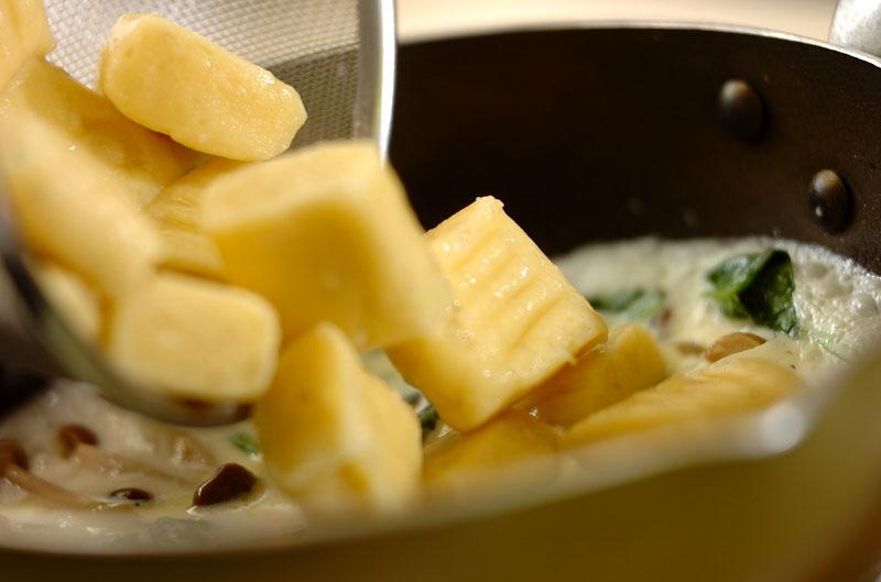 サツマイモのニョッキ クリームソースの作り方の手順7