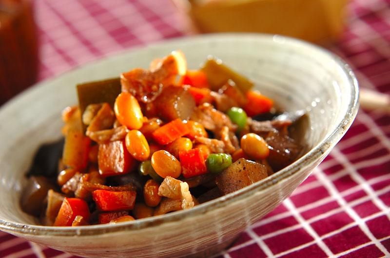 豚肉入り大豆の煮物の作り方の手順