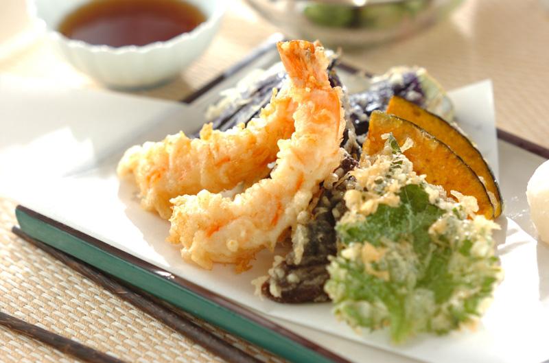 誰でも失敗しらず!サクサクエビと野菜の天ぷらのレシピ・作り方 | 【E ...