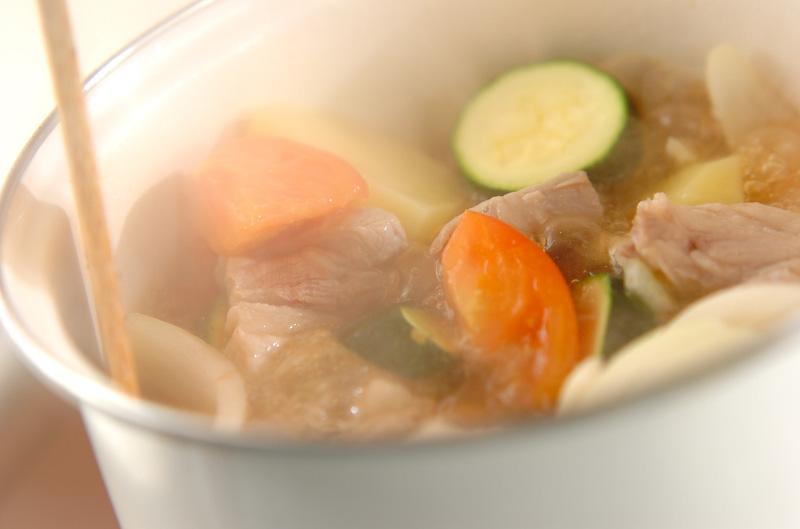 豚バラと夏野菜煮の作り方の手順7