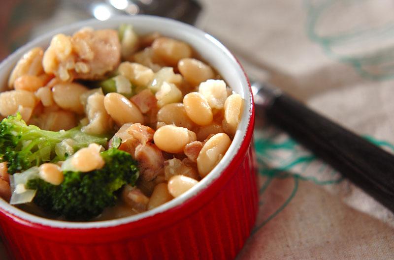 白インゲン豆のスープ煮