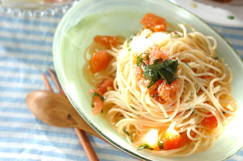 トマトとバジルの冷製パスタの作り方の手順