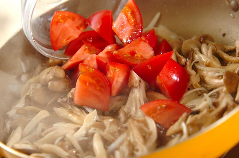 キノコのスパゲティーの作り方の手順7