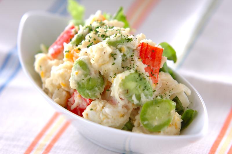 ポテトとカニカマのサラダ
