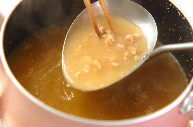 ナメコと納豆のみそ汁の作り方の手順4