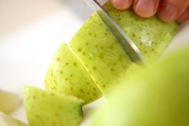 デザート・王林リンゴの作り方の手順1