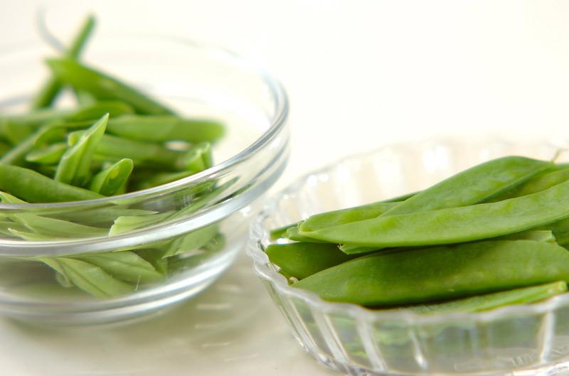 緑のお豆とホタテのスープの作り方の手順1