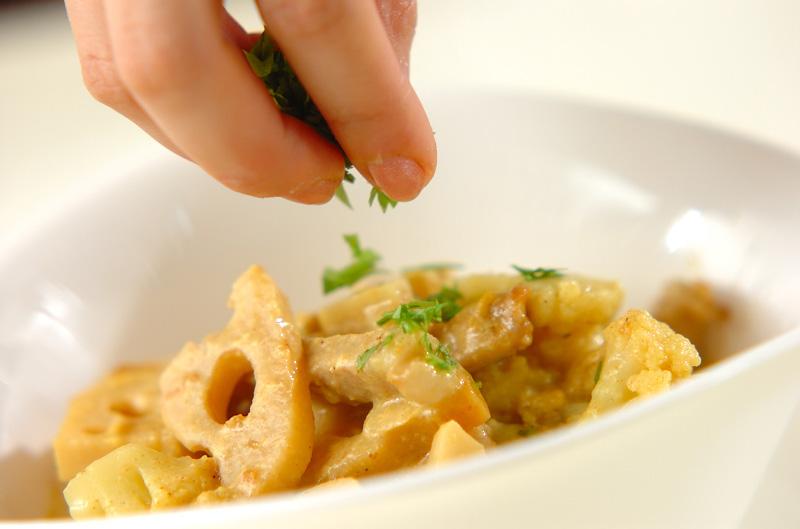 豚と根菜のミルクカレー煮の作り方3