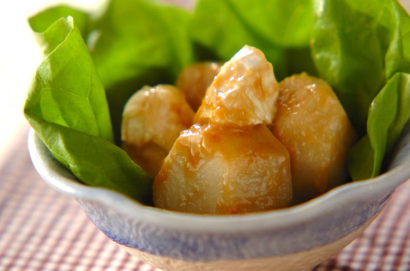 里芋のカマンベール和えの作り方の手順