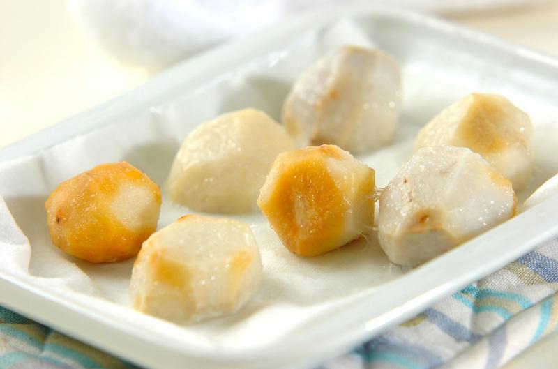 里芋のカマンベール和えの作り方の手順3
