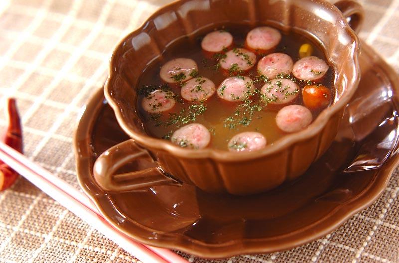 押し麦とソーセージのスープ