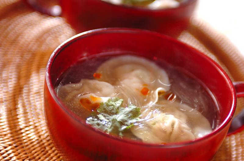 春雨スープの水餃子