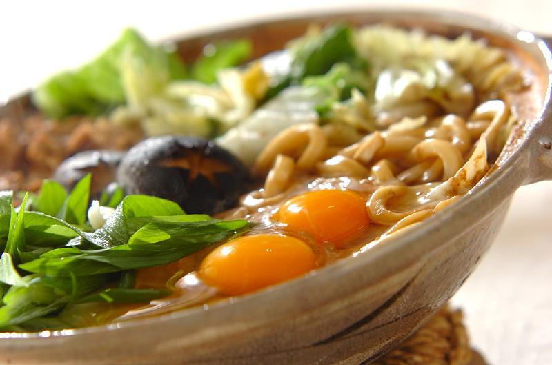 みそ煮込みうどん【E・レシピ】料理のプロが作る簡単レシピ/2010.02.10公開のレシピです。