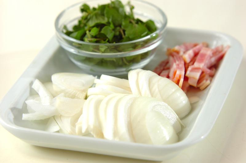 新玉ネギのチーズ炒めの作り方の手順1