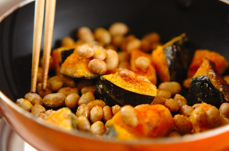 血行促進☆カボチャと大豆の甘辛炒めの作り方の手順4