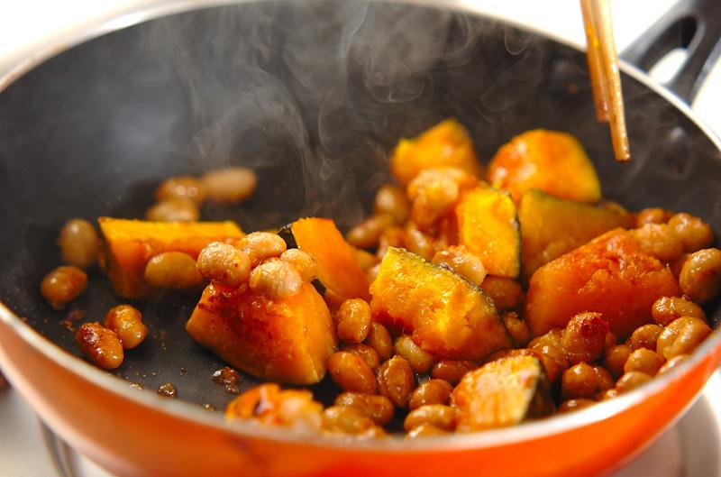 血行促進☆カボチャと大豆の甘辛炒めの作り方の手順5