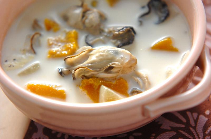 カキとカボチャのミルクスープ
