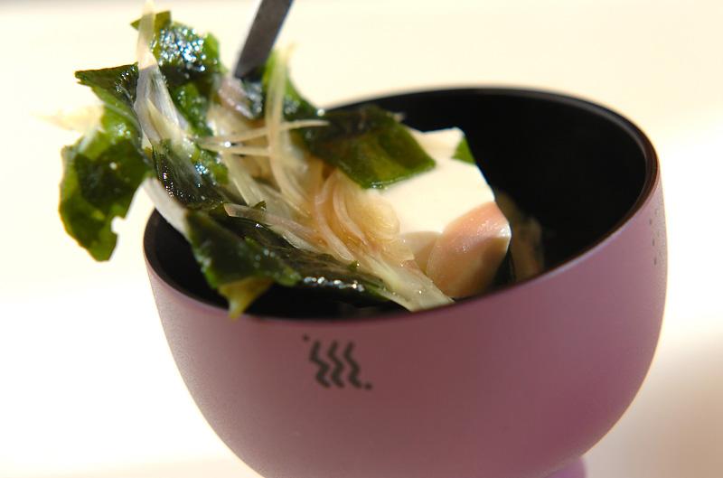 さわやかに香るミョウガと豆腐の味噌汁の作り方2