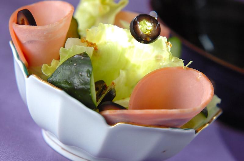 オリーブのサラダ