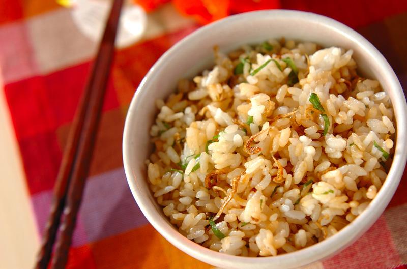 カリカリジャコ混ぜご飯
