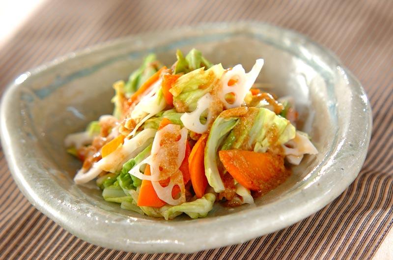 温野菜のピリ辛ゴマだれ