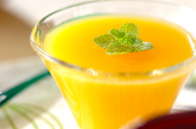 簡単!オレンジジュースでプルプルゼリー