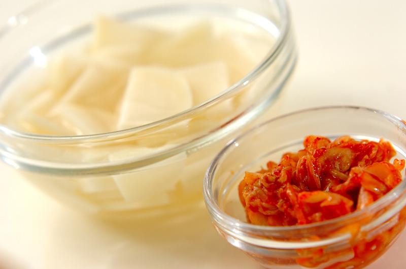 ジャガイモとキムチのみそ汁の作り方の手順1