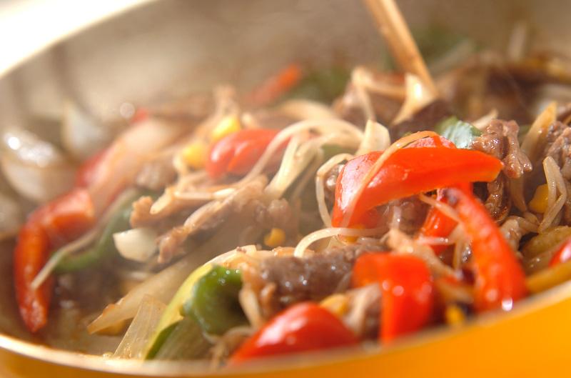 牛肉と野菜のオイスター炒めの作り方の手順7