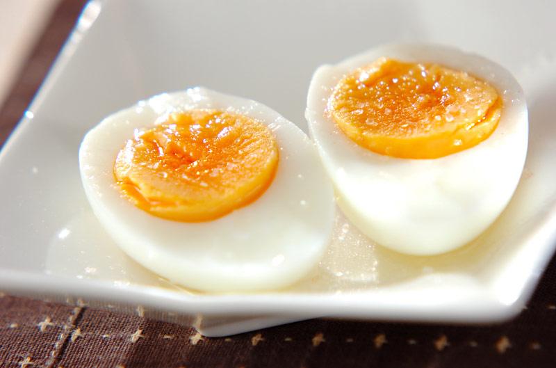 ゆで卵のゴマ油がけの作り方の手順