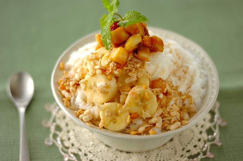 バナナミルク&キャラメルソースの台湾風かき氷の作り方の手順