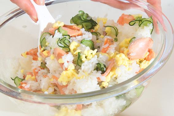 塩鮭の混ぜずしの作り方の手順4