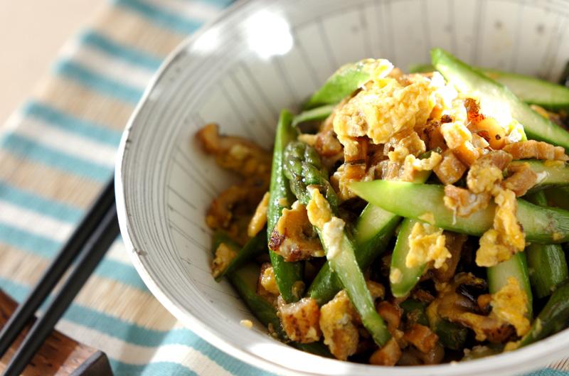 グリーンアスパラとアナゴの卵炒め
