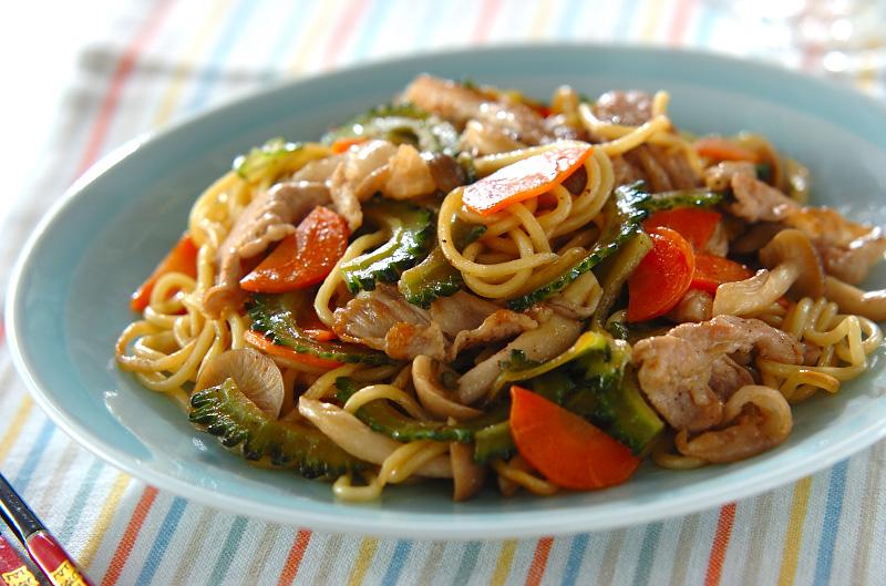 ゴーヤ焼きそば【E・レシピ】料理のプロが作る簡単レシピ/2011.07.04公開のレシピです。