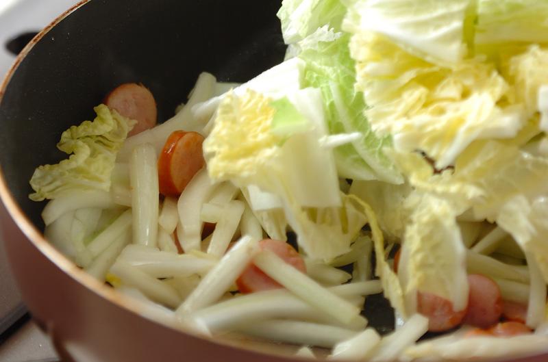 白菜のチーズ炒めの作り方1