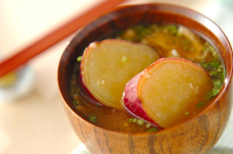 ゴロゴロサツマイモのみそ汁の作り方の手順