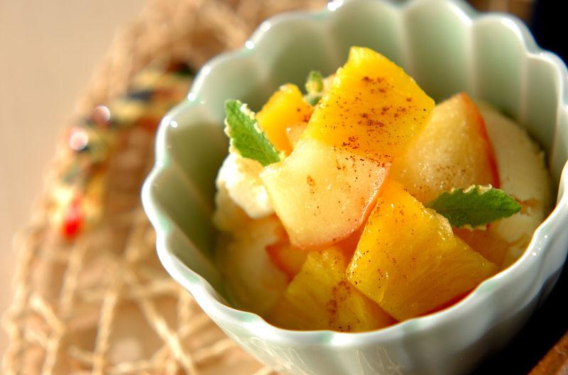 バニラアイス・パイナップルジャム添えの作り方の手順