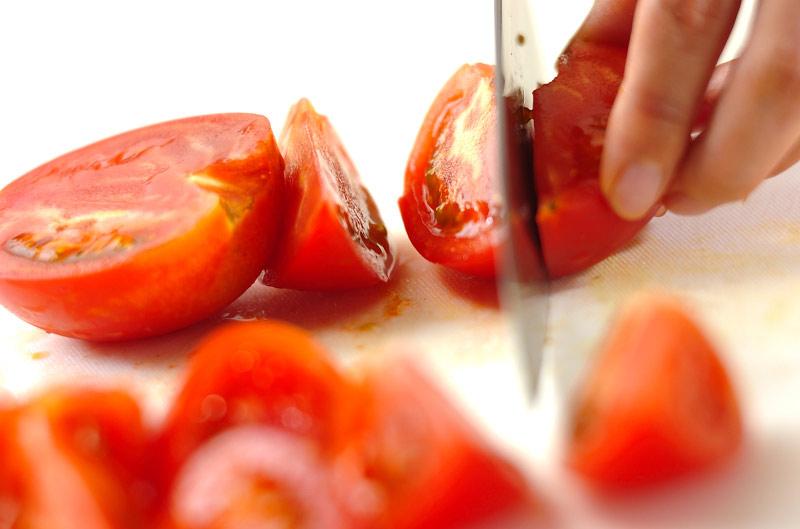 牛肉のトマト炒めの作り方の手順2