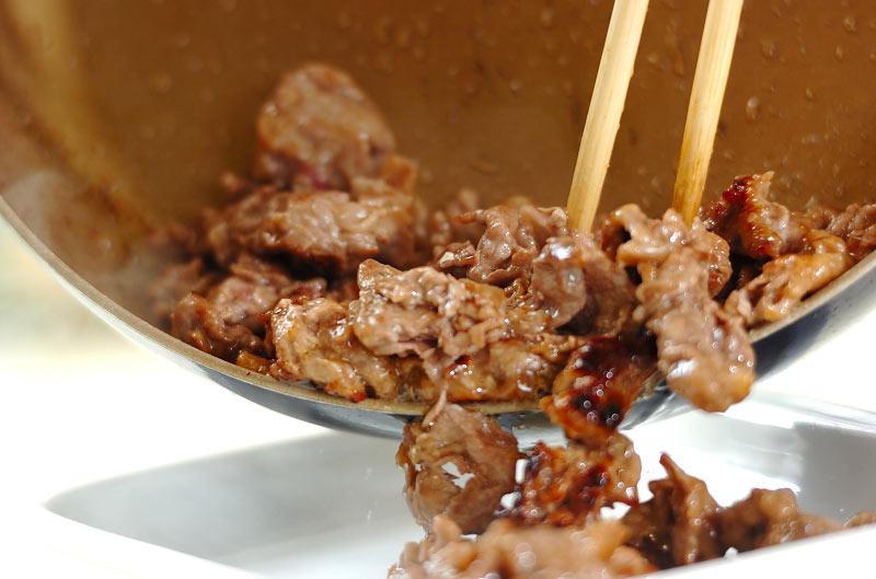 牛肉のトマト炒めの作り方の手順6