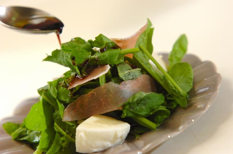 生ハムとルッコラのサラダの作り方の手順2
